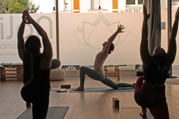 Bild 1 von Nalini Yoga & Ernährung